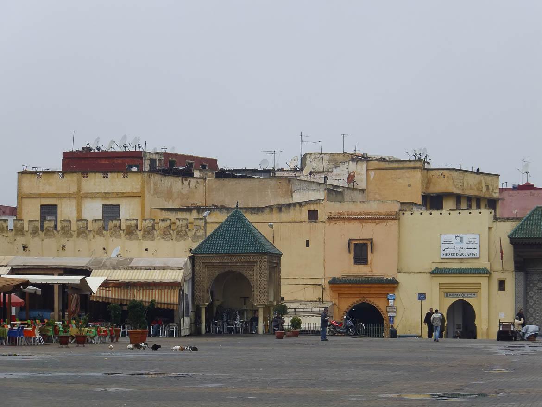 La Place El Hedime sous la pluie, Meknes