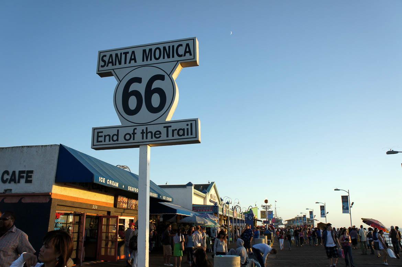 Fin de la route 66 sur le ponton de Santa Monica