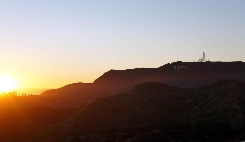 Coucher de soleil sur les collines d'Hollywood