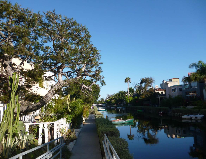 Le long des canaux de Venice