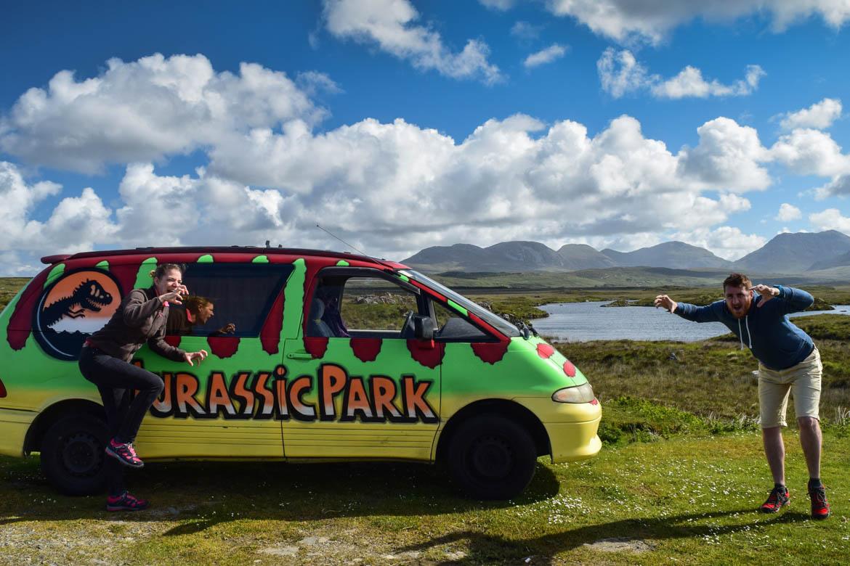 "Notre van ""Jurassic park"" au mileu du Connemara"