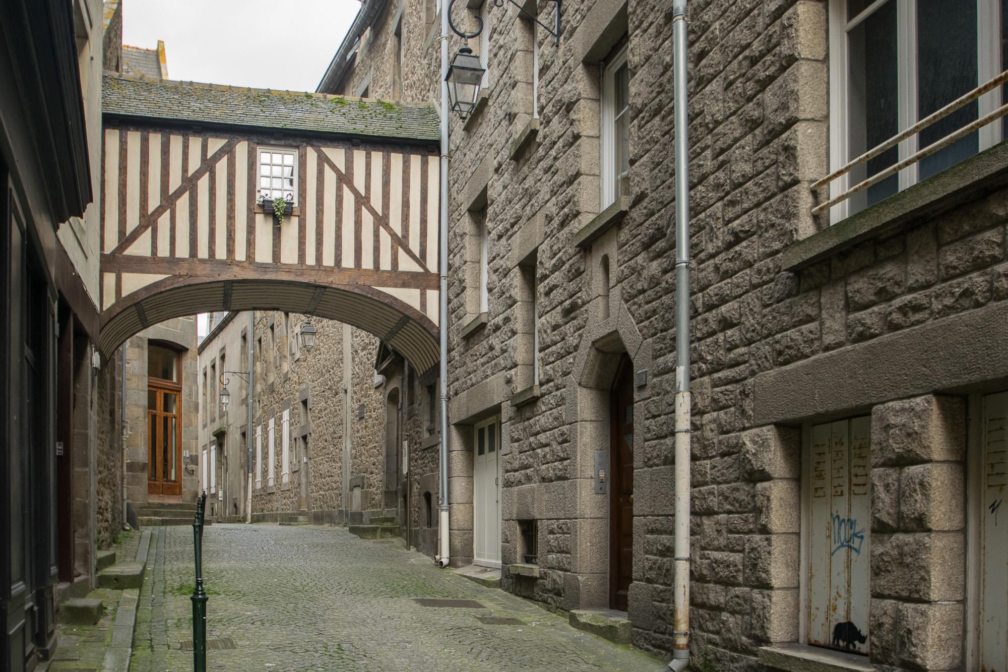 Rue des Vieux Remparts - Saint-Malo