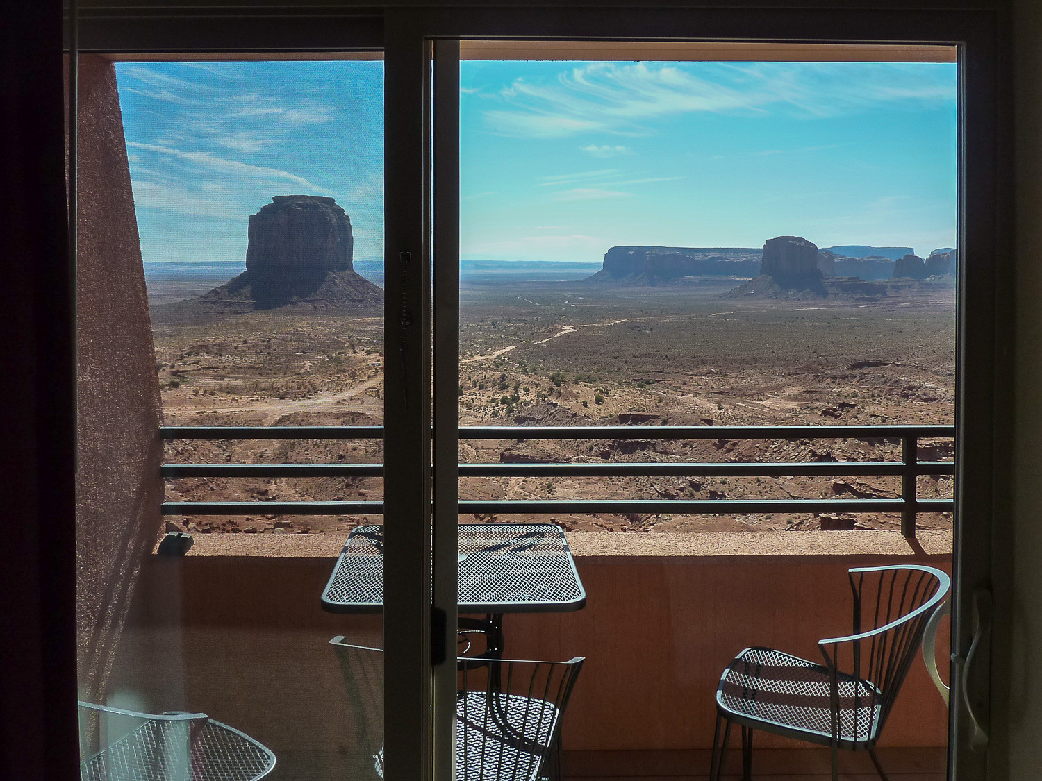 Vue depuis The View sur Monument Valley