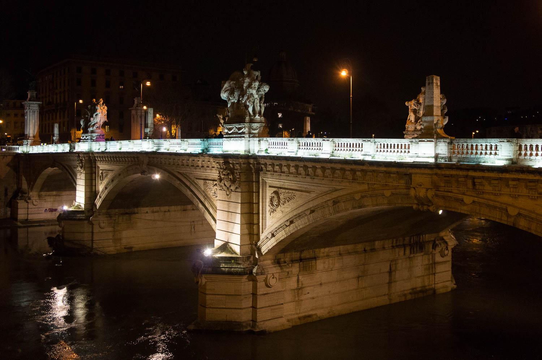 Pont Vittorio Emanuele II, Rome
