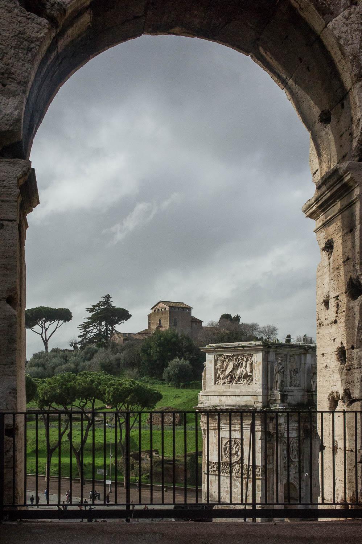 Vue sur le Forum depuis le Colisée