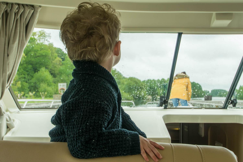 Tourisme fluvial sur la Sarthe : Départ pour 3 jours sur l'eau entre amis et en famille